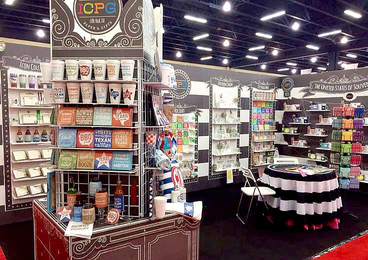 Trade Show, Custom Shelves, Eye Catching Graphic